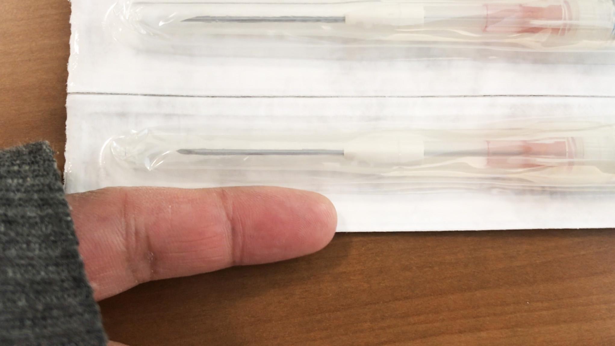 長くて太い透析針